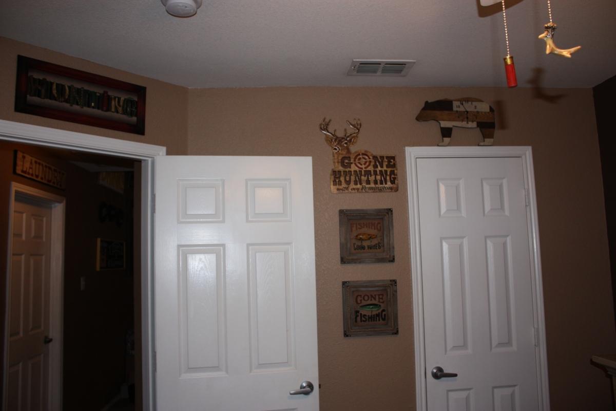 Rhett_Room2